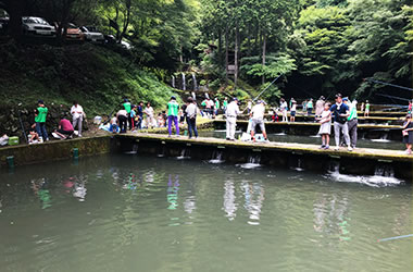 団体釣り場の様子